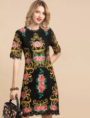 7191 Runway 2020 Baroque Rose Embroidery Lace Black Dress