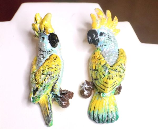 7217 Art Jewelry 3D Effect Vacation Cancun Parrots Hand Painted Light Weight Earrings Studs