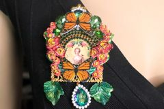 SOLD! 7257 Young Marie Antoinette Butterfly Cameo Brooch