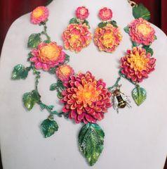 7260 Set Of Baroque Art Nouveau Bright Vivid Asters Flowers Enamel Bee Hand Painted Necklace + Earrings