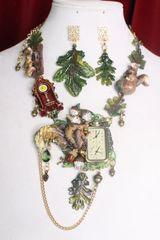 SOLD! 7294 Set Of Art Jewelry 3D Effect Squirrel Clock Oak Necklace+ Earrings
