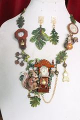SOLD! 7295 Set Of Art Jewelry 3D Effect Squirrel Clock Oak Necklace+ Earrings