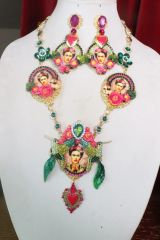 7321 Frida Kahlo Sacred Heart Hand Painted 3 Cameos Necklace