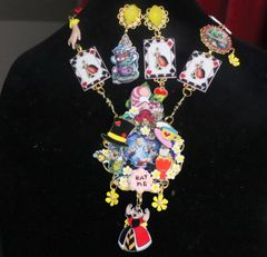 7347 Set Of Alice In Wonderland Rich Adorable Necklace+ Earrings