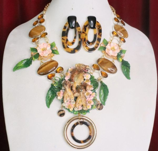 7349 Set Of Art Jewelry Vivid Leopard Family Genuine Tiger Eye Gemstones Hand Painted Necklace+ Earrings