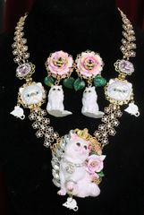 SOLD! 7354 Art Jewelry Vivid Lady-cat Mouse Hand Painted Necklace