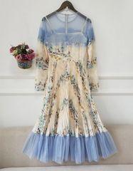 7394 Runway 2020 Floral PAstel Delicate Midi Dress