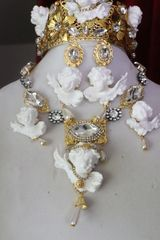 7407 Baroque White Chubby Cherubs Angels Clear Crystal Necklace