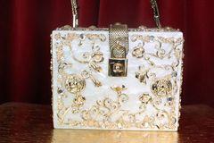 7411 Baroque Pearl Coin Trunk Crossbody Handbag