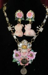 7419 Art Jewelry Adorable Rich Piggy Hand Painted Coin Pendant