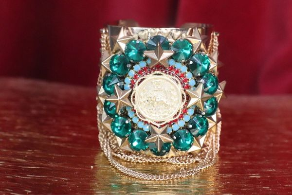 7476 Baroque Lion Green Rhinestones Chained Cuff Bangle