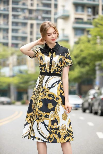 7522 Designer Inspired Runway Baroque Print Midi Dress