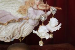 SOLD! 7547 Baroque White Small chubby Cherubs Angels Earrings