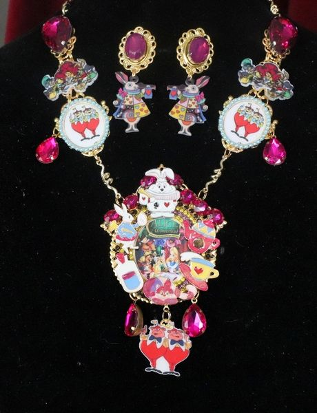 SOLD! 7592 Set Of Alice In Wonderland Rich Fuchsia Adorable Necklace+ Earrings