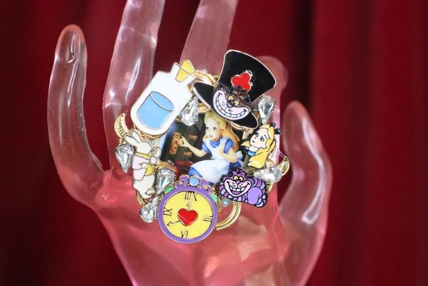 7605 Alice In Wonderland Enamel Cocktail Adjustable Ring