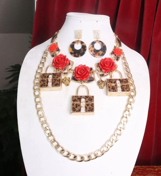 7637 Set Of Baroque Leopards Handbags Roses Necklace+ Earrings
