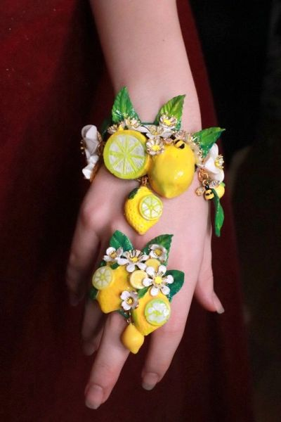 SOLD! 7656 Enamel Baroque Sicilian Lemon Fruit Cocktail Adjustable Ring