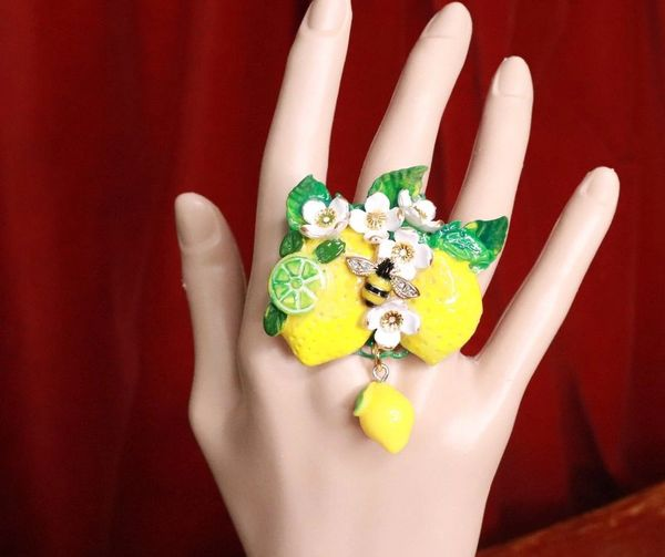 7666 Enamel Baroque Sicilian Lemon Fruit Bee Cocktail Adjustable Ring