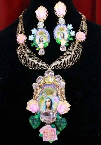 7669 Virgin Mary Madonna Pale Pink Rose Cameo Pendant Necklace