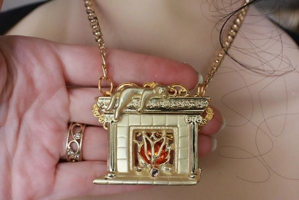 SOLD! 7749 Enamel Elegant Gold Tone Fireplace With A Cat Pendant