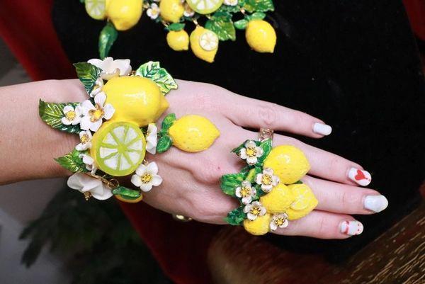 7756 Baroque Vivid Lemon Fruit Flower Blossom Ladybug Massive Bracelet