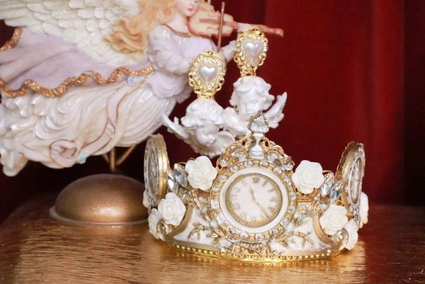 7786 Baroque Vintage Style Clocks Unusual Hand Painted Crown