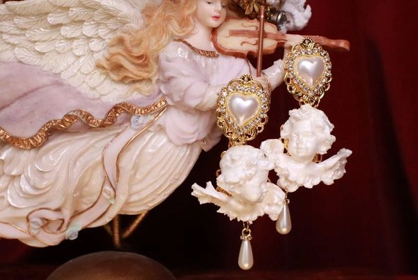 7787 Small Baroque Pearlish Bridal Pearl Heart Chubby Cherubs Angels Earrings