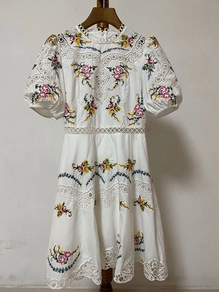 7839 High-End Runway 2020 Cotton Folk Floral Boho Embroidery Mini Dress