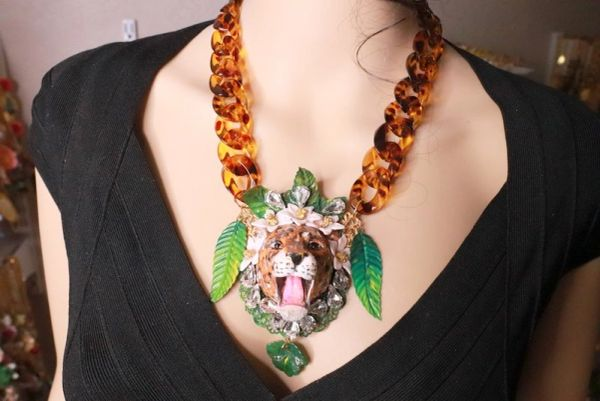 7859 Baroque 3D Effect Leopard Jungle Hand Painted Bib Chained Necklace