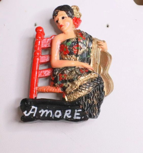 7871 Flamenco Lady Amore Brooch