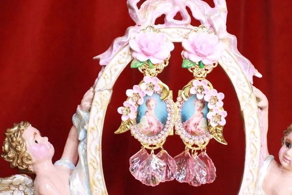 7953 Young Marie Antoinette Pale Flowers Petals Cameo Elegant Earrings