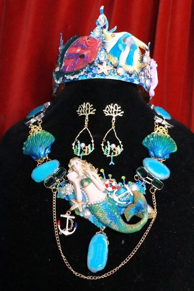 SOLD! 7982 Set Of Peculiar Hand Painted Genuine Agate Shell Huge Mermaid Coral Reef Necklace+ Earrings