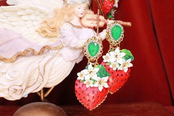 7991 Alta Moda Large Strawberry Hand Painted Studs