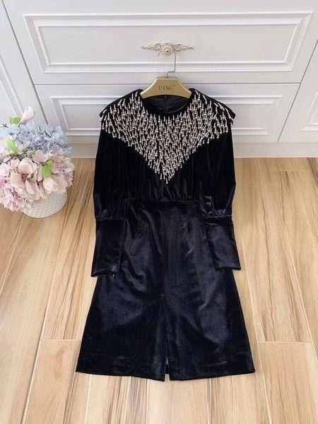 8005 Runway High-End Velvet Embellished Black Mini Dress