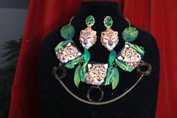 8013 Baroque 3 Leopards Jungle Hand Painted Bib Necklace
