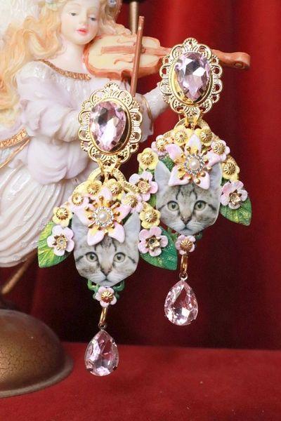 8049 Baroque Vivid Cat Flowers Pink Rhinestones Earrings Studs