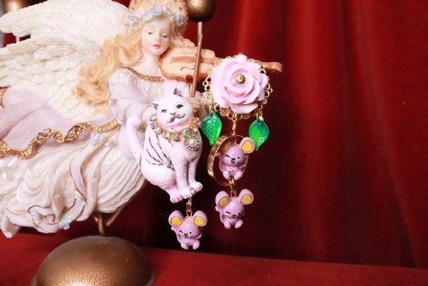 8068 Irregular Cat Mice Rose Hand PaintedEarrings