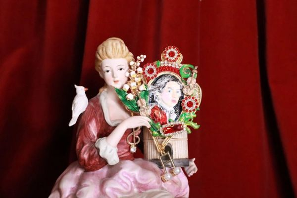 8169 Mozart Musical Hand Painted Lily Of The Valley Massive Brooch