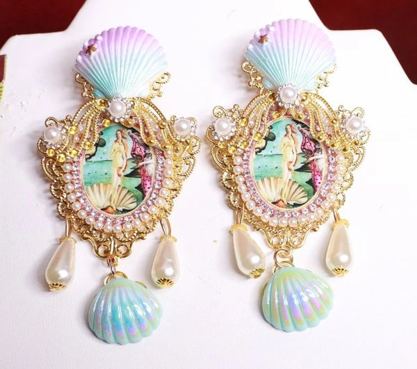 8202 Birth Of Venus Tall Shell Octopus Victorian Cameo Earrings Studs