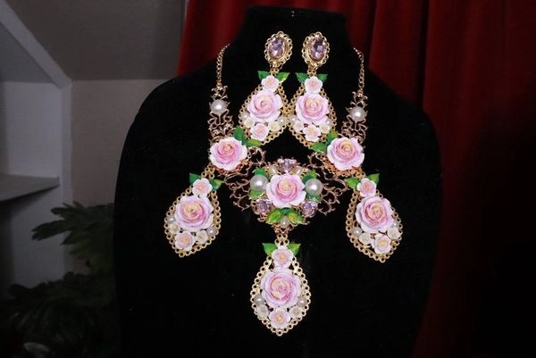 SOLD! 5927 Set Of Baroque Hand Painted Roses Pearl Necklace+ Earrings
