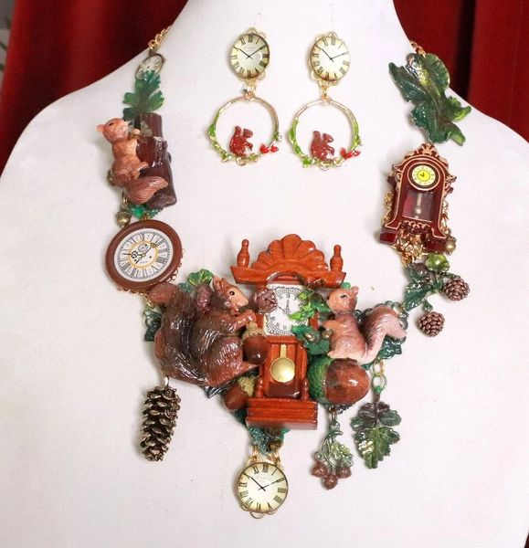 SOLD! 8218 Set Of Art Jewelry 3D Effect Squirrel Clock Oak Necklace+ Earrings