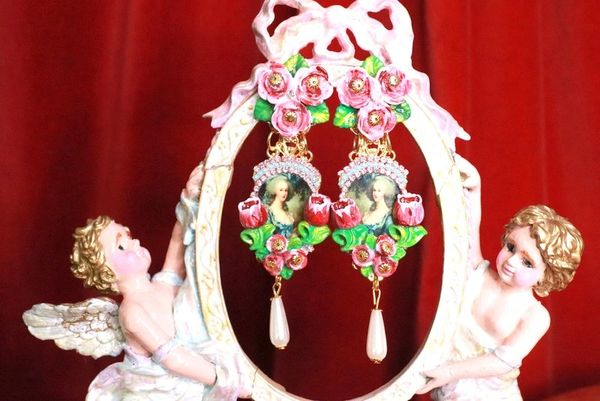8280 Marie Antoinette Dark Flowers Cameo Elegant Earrings