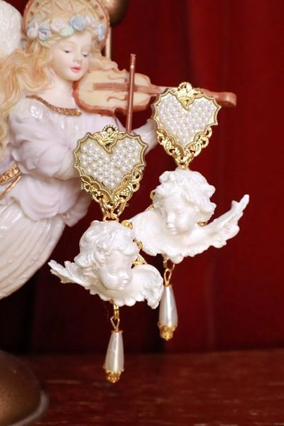 8283 Large Baroque Pearlish Bridal Pearl Heart Chubby Cherubs Angels Earrings