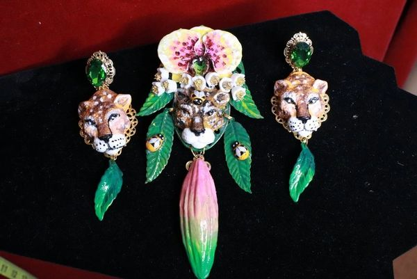8289 Baroque Hand Painted Vivid Orchid Leopard Animal Brooch