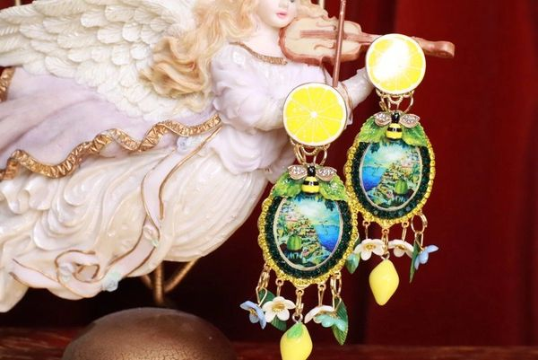 SOLD! 8309 Italian Taormina Cameo Enamel Bee Lemon Fruit Studs Earrings