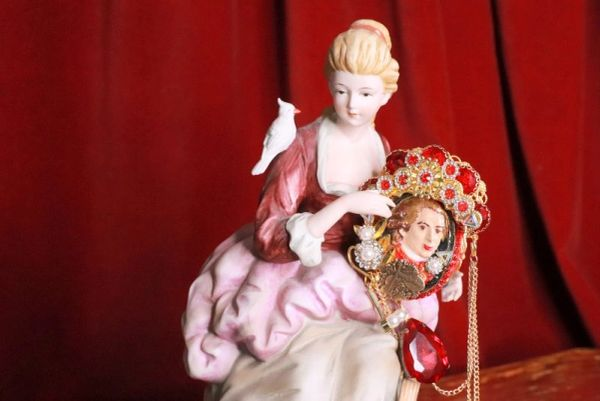 8298 Mozart Musical Hand Painted Red Rhinestones Massive Brooch