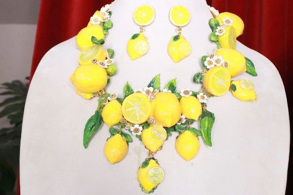 SOLD! 8341 Set Of Baroque 3D Effect Lemon Fruit Bee Statement Necklace+ Earrings