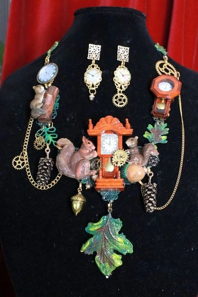 SOLD! 8343 Set Of Art Jewelry 3D Effect Squirrel Clock Oak Necklace+ Earrings