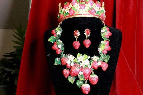 SOLD! 8367 Set Of Art Nouveau Vivid Hand Painted Strawberry Massive Necklace+ Earrings