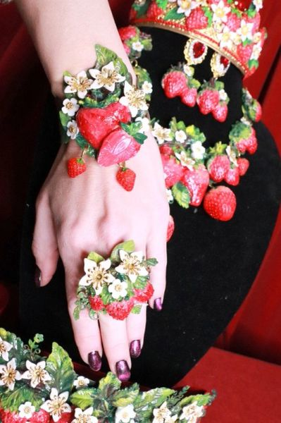 SOLD! 8380 Art Jewelry Vivid Strawberry 3D Effect Bracelet